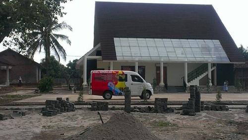 mobil KEEPEDULIAN 2 @ Rumah Dunia Serang