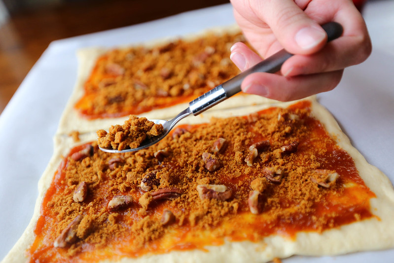 Pumpkin Butter Pecan Gingersnap Roll Prep