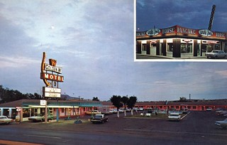 "Golden ""W"" Motel and Uncle Joe's Pancake House Tucumcari NM"