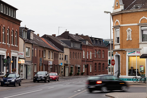 Straße; copyright 2013: Georg Berg