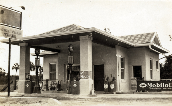 Koreshan Unity filling station in Estero, Florida