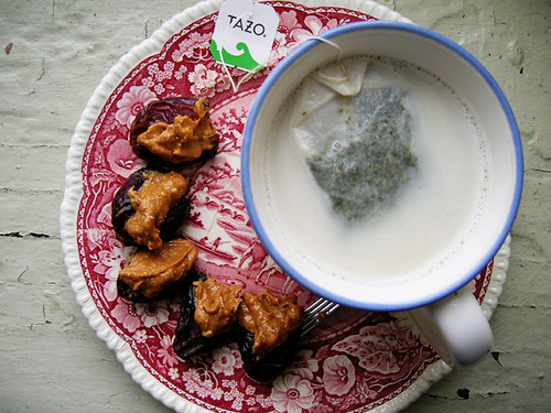 mint almond tea and pb dates