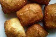 bantal-kue1