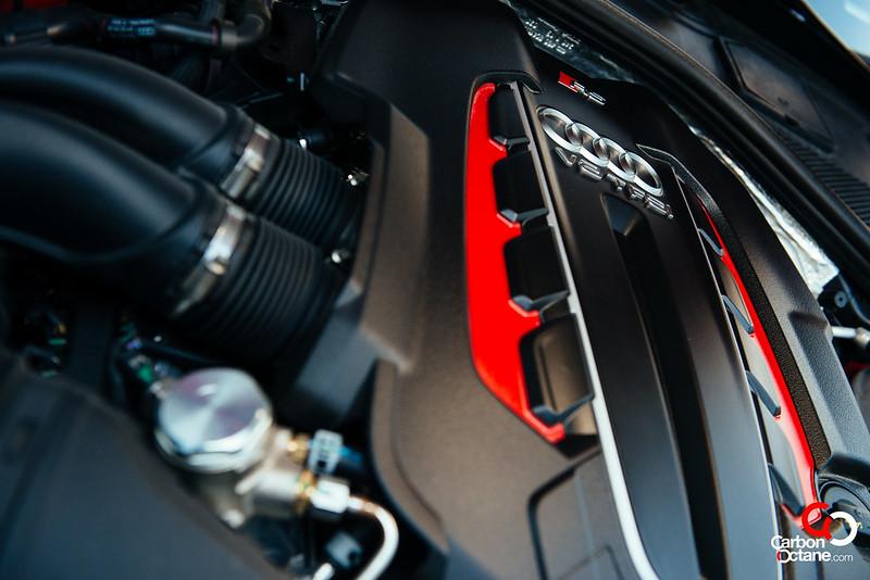 2014 Audi RS-6-26.jpg
