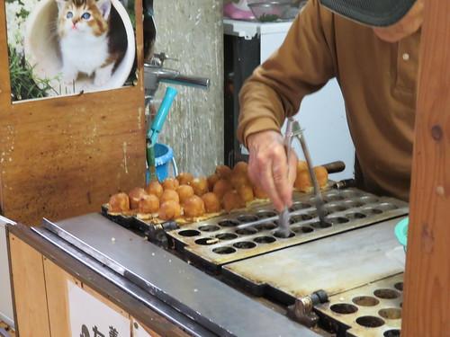 賀競馬場のまんじゅうのハローのタコ焼き