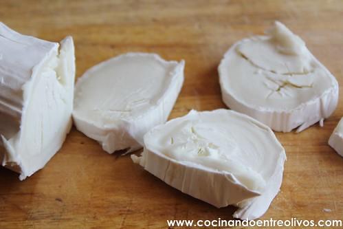 Aguacate con queso de cabra y miel de caña (3)