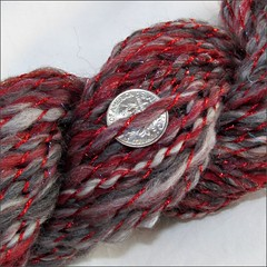 Get Back Red-Black handspun, close up