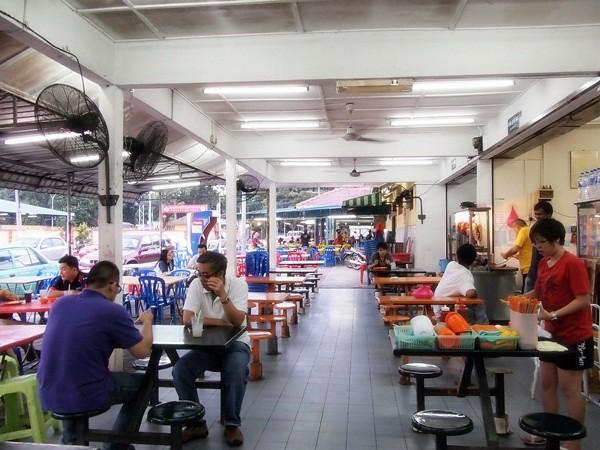 Melaka - Asam Pedas fish at Pasar Borong Taman Merdeka-005