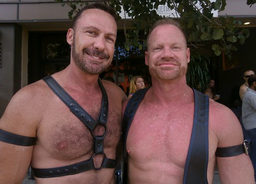 FOLSOM STREET FAIR 2013 ! DOUBLE MUSCLE HUNKS (SAFE PHOTO)