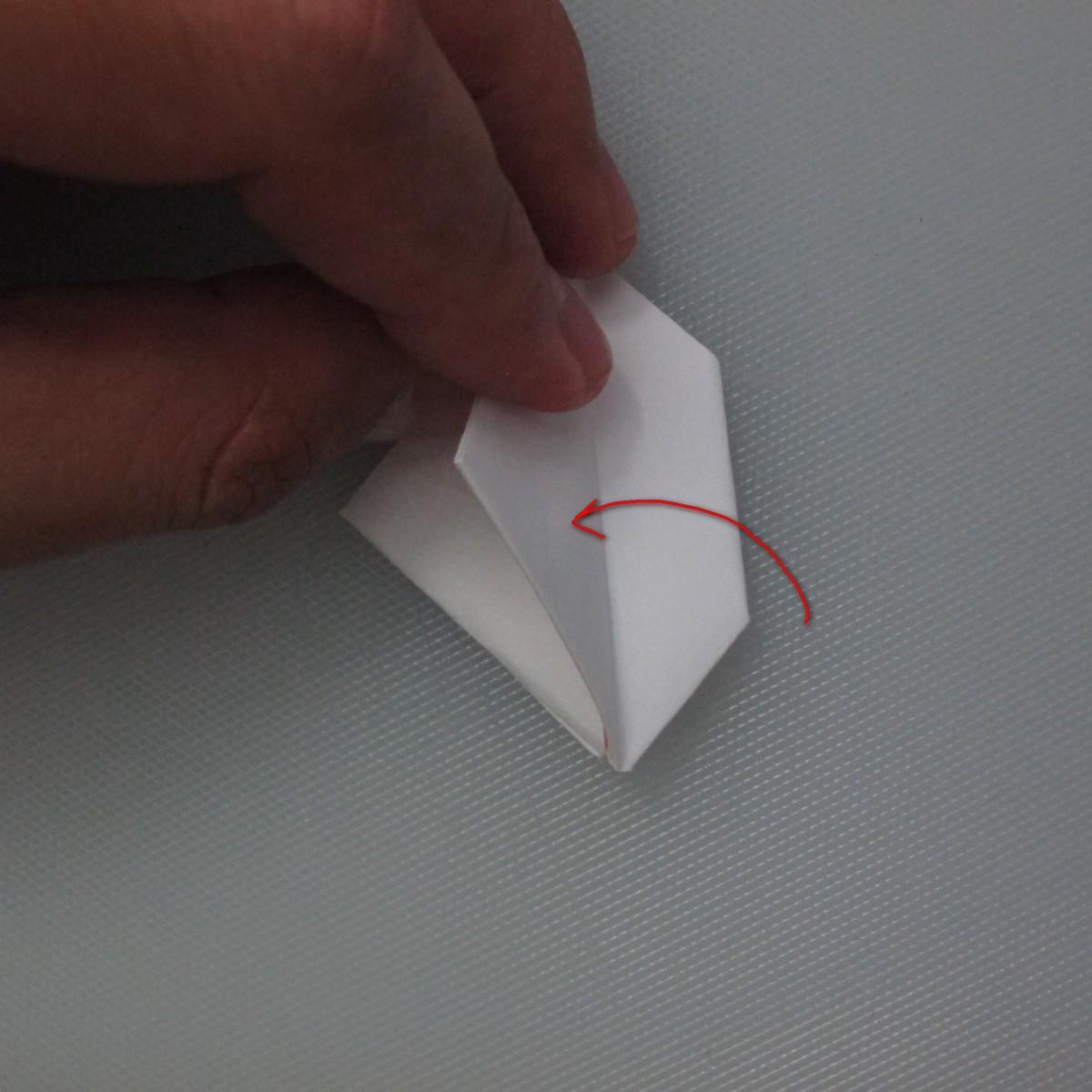 วิธีการพับกระดาษเป็นรูปกระต่าย 009