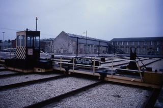 Traversing table with spring shop (L) & machine shop (R) beyond, Swindon Rail Works 1.12.1994 Scans109