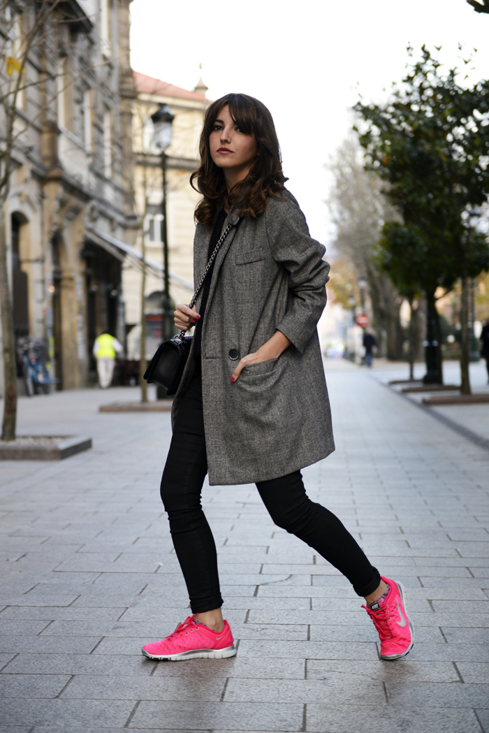 Outfits Con Tenis Rosas