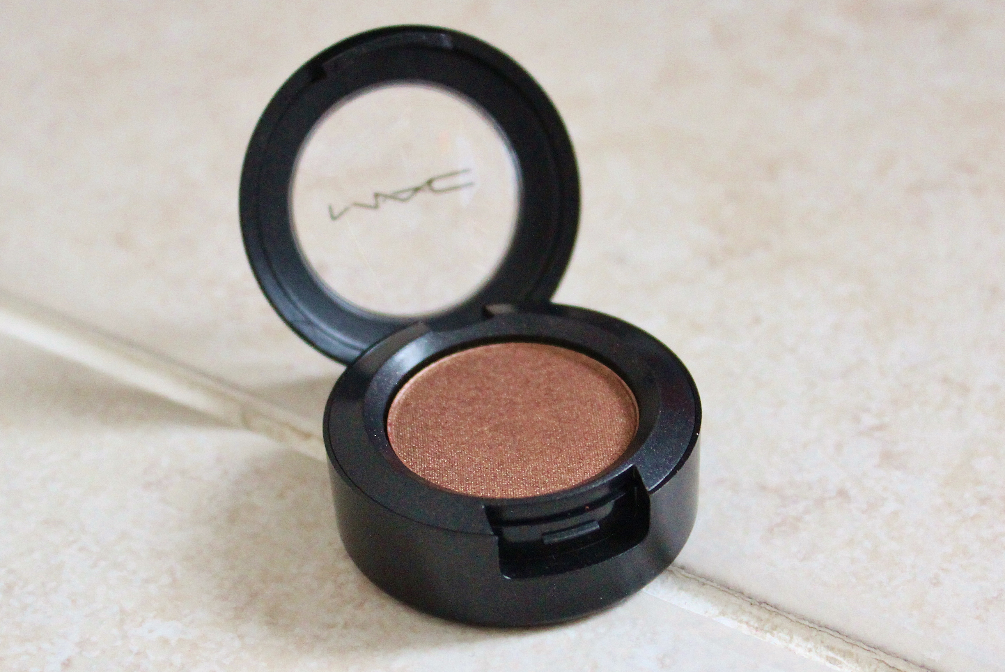 MAC WOODWINKED EYESHADOW