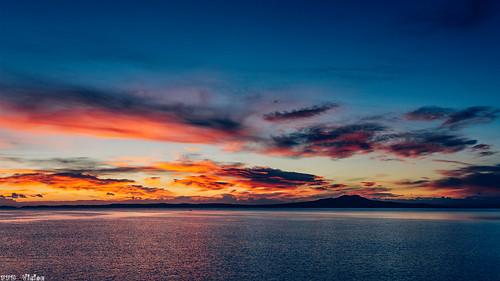goldenhour newzealand northshore clouds sky seascape landscape rangitotoisland nikon nikonnz vsco sunrise tgi ngc