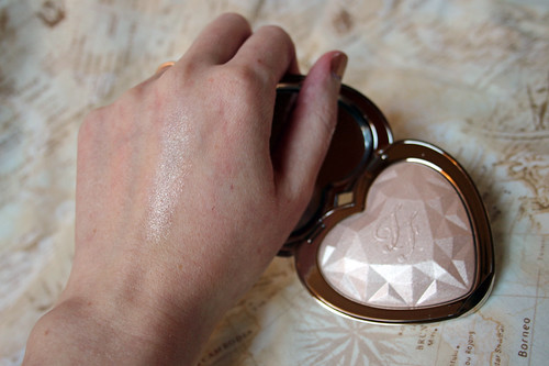 Too Faced, Love Lights prismatic highlighter in Blinded by the Light