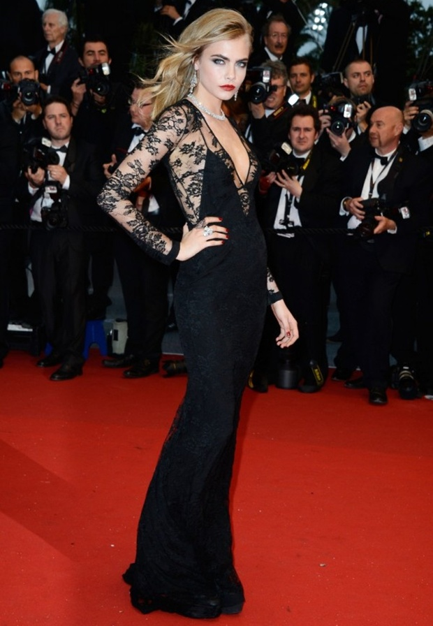 2 Cara Delevingne Burberry Silk lace plunge-neck column dress with cutaway back to The Great Gatsby premiere