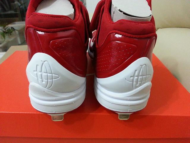 Nike HUARACHE新釘鞋開箱