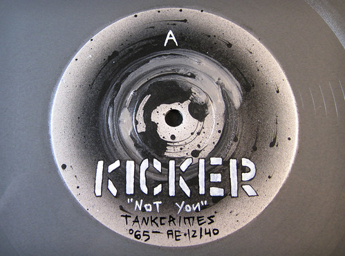 KickerVinylDetail_BWsm
