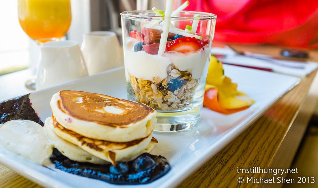 Chalkboard cafe breakfast degustation