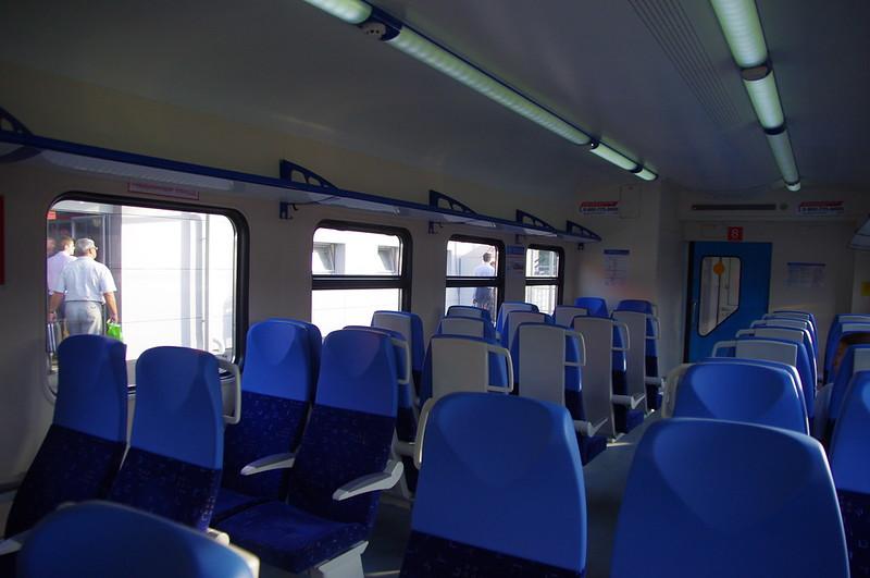 ED4M-0391 EMU interior 2013-08-01 004