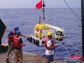 Deploying ocean-bottom seismometers