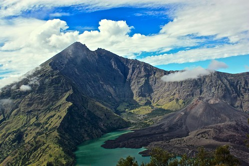 Standing at the rim of Rinjani Volcano, what a reward