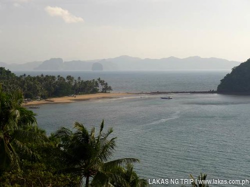 Maremegmeg Beach from the viewpoint of the National Highway - El Nido, Palawan, Philippines