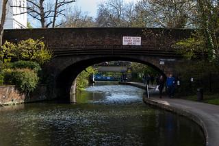 Pont et promenade le long du Regent's Canal