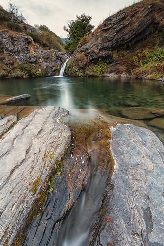 autumn sunset españa fall water río river landscape spain agua rocks europa europe paisaje otoño león rocas anochecer poza castillayleón canseco castileandleón