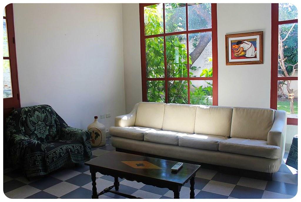 salta posada casa borgona living room