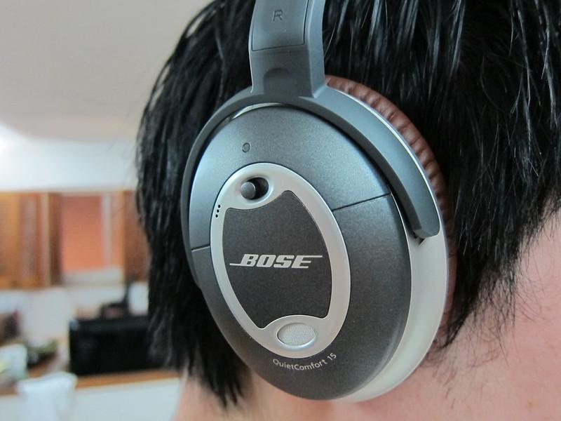 Bose QC15 - Wearing It