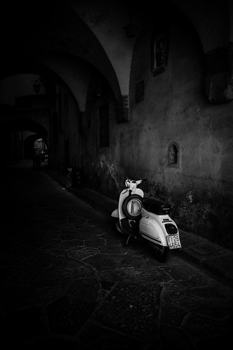 Vespa by Ric_Nes