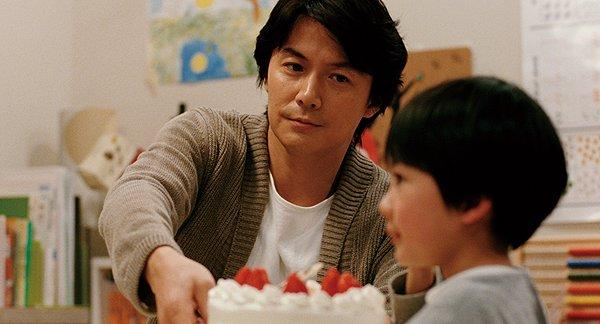 Masaharu Fukuyama and Keita Ninomiya have a thorny paternal situation in LIKE FATHER, LIKE SON.