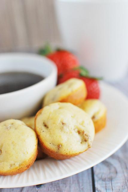 Mini Sausage Pancake Muffins - easier than regular pancakes and kids love them!