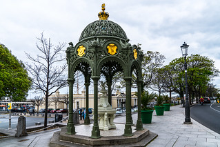 THE 1900 QUEEN VICTORIA MEMORIAL FOUNTAIN [LOCATED IN DUN LAOGHAIRE]-127198