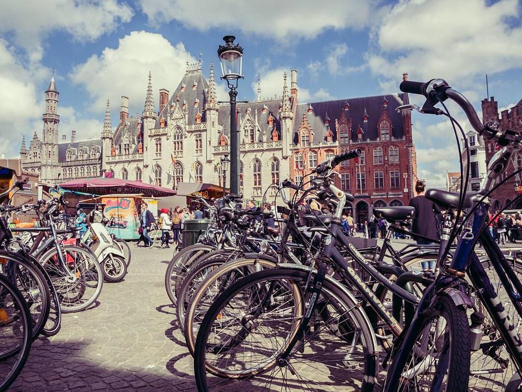 Bikes picture, Brugge. #bikesday #diamundialdelabicicleta #brujas #brugge #bruges #belgium #travelphoto #photography
