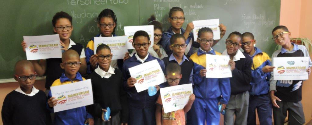 Mainstream collaborates with Vision 4 Change to provide eye screening programme