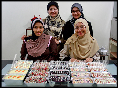 Bake & Deco Class: Mini Pack Cakes ~ 5 October 2012
