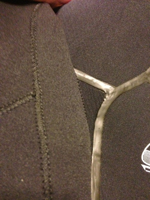 O'neill Sector wetsuit stitching