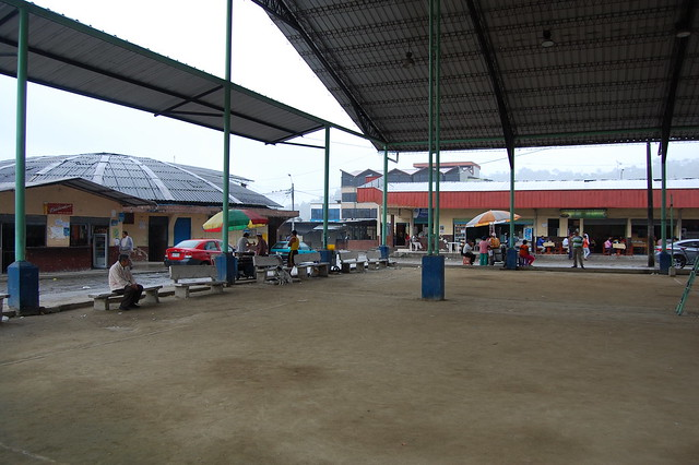 Bus terminal in Tena