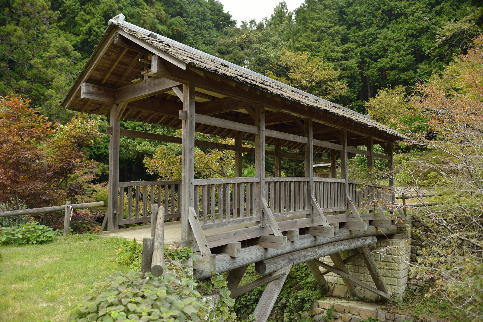 河内の屋根つき橋 田丸橋