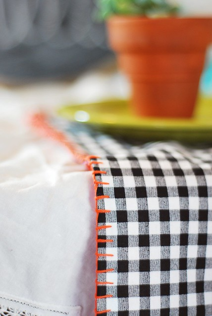 DIY gingham napkins