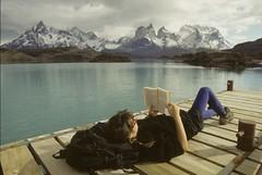 invierno mujer leyendo