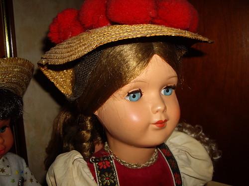 Les poupées de ma maison  11404641125_8f3f6ef05a