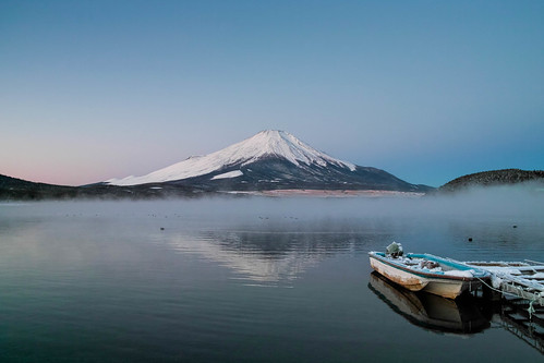 winter japan fog sunrise december day fuji getty crazyshin yamanashi lakeyamanaka 山中湖 富士 2013 気嵐 17℃ dp1m sigmadp1merrill pwwinter sdim3910 8216691 11624824016