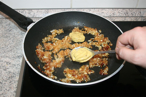 28 - Senf dazu geben / Add mustard