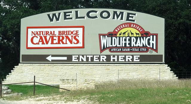 natural-bridge-wildlife-ranch