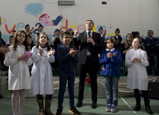 Renzi annuncia la sua rivoluzione della Scuola