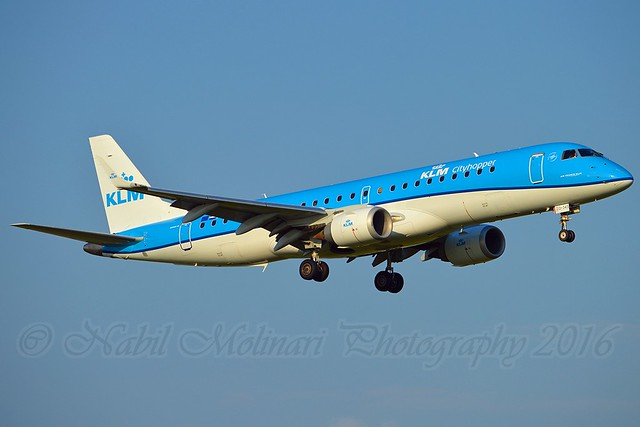 KLM Cityhopper PH-EZO Embraer ERJ-190-100STD cn/19000345 @ Aalsmeerbaan EHAM / AMS 05-06-2016