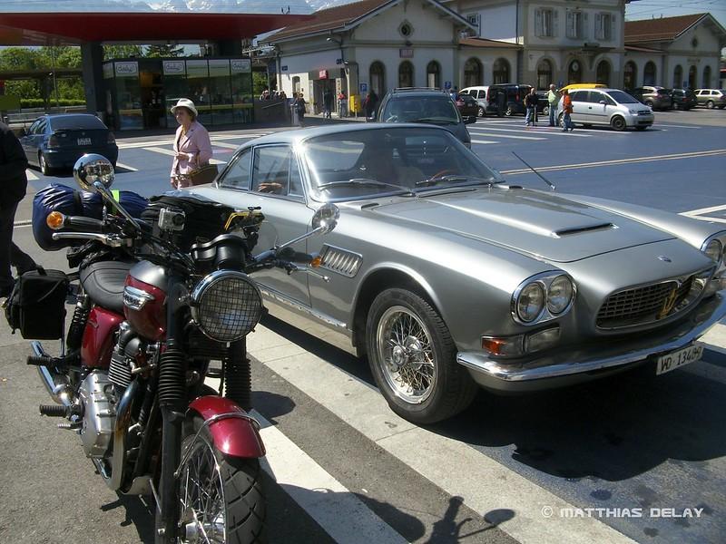 Bonneville und Aston Martin